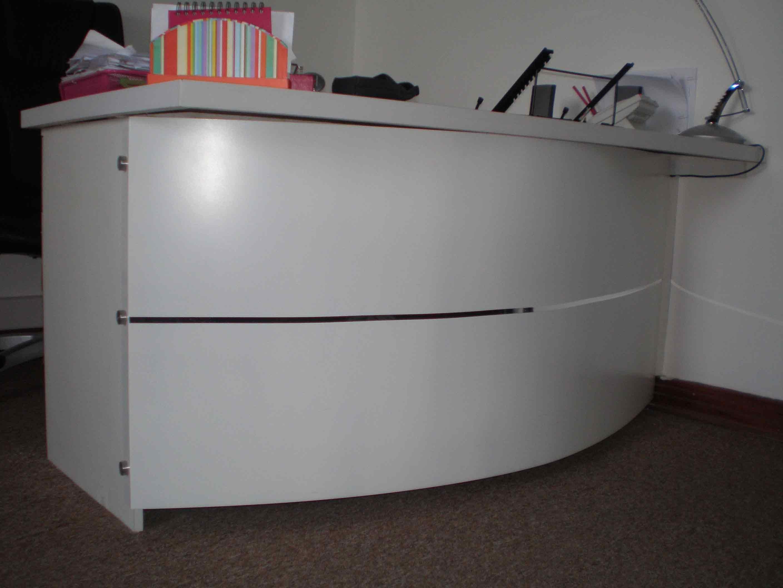 Mobiliario para oficinas muebles para plasmas pizarras for Muebles para oficina en argentina