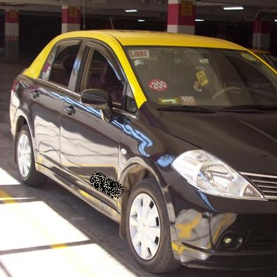 Foto Taxi nissan tiida 2008