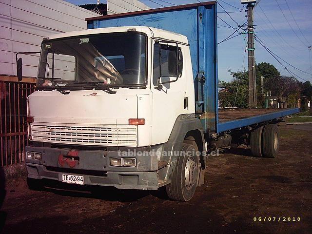 Foto Camión nissan año 99
