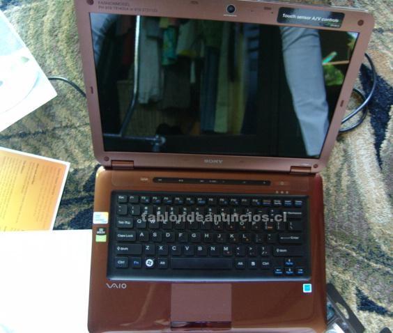 "Foto Sony vaio 14"" laptop vgn 4 gb 2.80 ghz"
