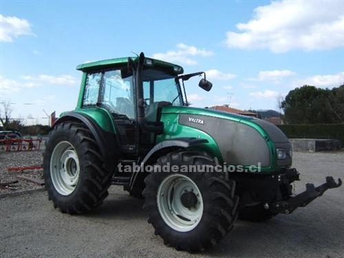 Foto Tractor normal valtra t 130 año 2006