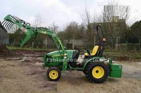 Foto Regalo gratis tractor john-deere 4320 con accesorios