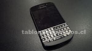 Foto de Nuevo teléfono móvil de blackberry y iphone