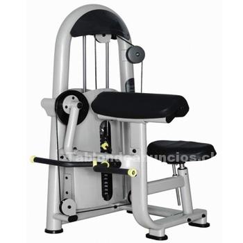 Foto Máquina de ejercicios fuerza, bíceps